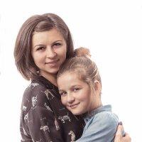 Люблю свою маму... за то, что она моя мама! :: Николай Хондогий