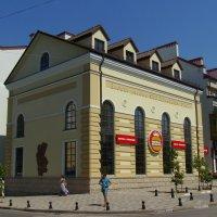 Бывшее  здание   пивоварни   в   Ивано - Франковске :: Андрей  Васильевич Коляскин