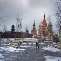 Из Зарядья. :: Александр Бабаев