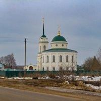 Храм у дороги :: Константин