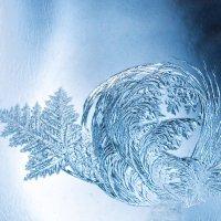Зимние узоры на стекле (изменения) :: Виктор