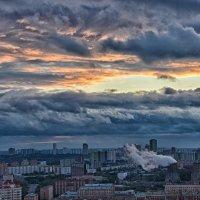 Такое небо над Москвой. :: Valeriy(Валерий) Сергиенко