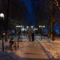 _вечер в провинциальном городке :: Александр Ещенко