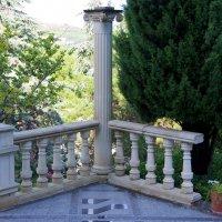 Площадка на лестнице Раевского :: Валерий Новиков