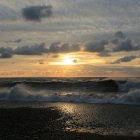Шторм перед закатом :: valeriy khlopunov