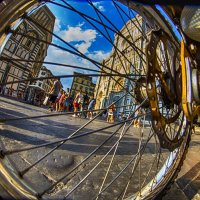 вид через колесо..Флоренция :: Сергей Кудряшов