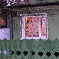 -В доме, где резной палисад...- :: Татьяна Помогалова