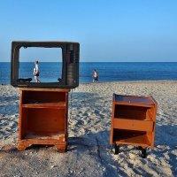 The Box - пляж эмоций. Про пятницу и будни робинзона... :: Александр Резуненко