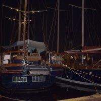 Кораблики на море.ночь. :: Ариэль Володькова