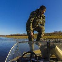 Рыбак на Н. Тунгуске :: Александр Смирнов