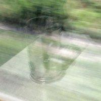Отражение в окне вагона :: Сергей Тарабара
