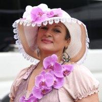 женщина с орхидеями :: Владимир Бурдин