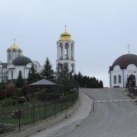 Женский монастырь. :: Вячеслав Медведев