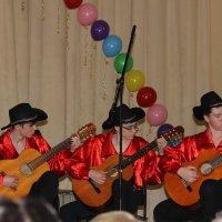 Юные гитаристы. :: венера чуйкова