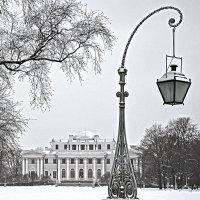 День, парк, фонарь... :: Наталия П