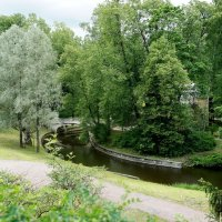 С каждым поворотом реки Славянки возникают все новые картины величавых панорам и лирических пейзажей :: Елена Павлова (Смолова)