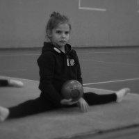 Василиса на тренировке 6 лет. :: Алена Живанкова