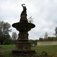 На этом месте  в 1838  был открыт Павловский музыкальный ВОКЗАЛ - крупнейший центр культурной жизни :: Елена Павлова (Смолова)