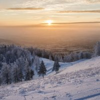 winter evening in the valley of sunsets :: Dmitry Ozersky