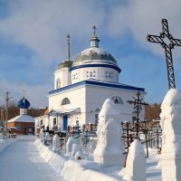 Зимняя дорога к храму.. :: Андрей Заломленков