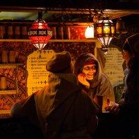 Продавец горячих напитков. :: Эльвира Лопатина