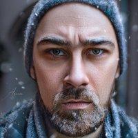 Суровый мужчина суровой зимой... :: Дина Агеева