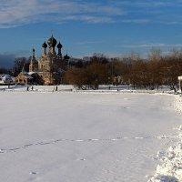 по дорожке к храму :: Олег Лукьянов