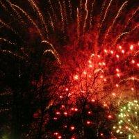 Новогодний салют. :: Виктор
