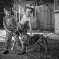 Мир детства – самый лучший мир, наивный, добрый и счастливый :: Лидия Цапко