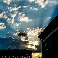 Восход над городом и бытом :: Михей.......