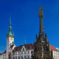 У королевского замка и чумной колонны :: M Marikfoto
