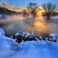 На закате морозного дня....4 :: Андрей Войцехов