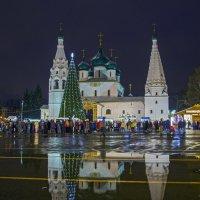 Праздник продолжается. Ярославль. Церковь Ильи Пророка. :: Сергей Израилев