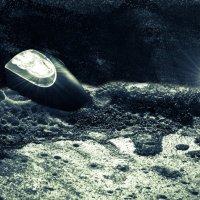 Космический челнок, или взлет фонарика с блинчика :: Александр Долгов