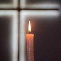 свеча веры... :: Alexandr Staroverov