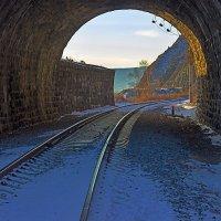 Вид из туннеля :: Анатолий Иргл