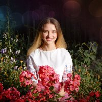 Девушка в цветах :: Сергей Винтовкин