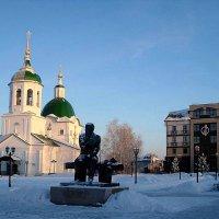Церковь Петра и Павла. Памятник Ф.М. Достоевскому :: Елена Павлова (Смолова)