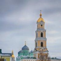 Колокольня в Дивеевском монастыре :: Александр Синдерёв