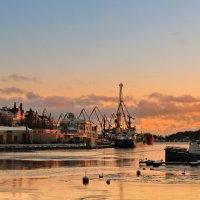 вечер в порту :: Александр