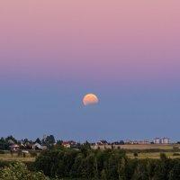 07.08.2017 г. частичное лунное затмение :: Виктор Желенговский