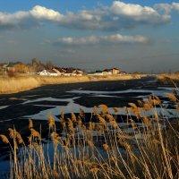 Весёленький ледок на реке Сазанлей :: Андрей Каманин