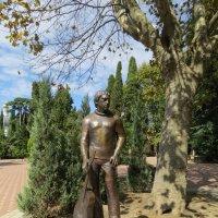 Памятник Высоцкому в Сочи :: Вера Щукина