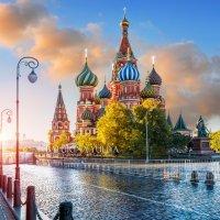 Собор Василия Блаженного под утренним небом :: Юлия Батурина