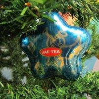 На зелёной ёлке синяя звезда :: Дмитрий Никитин