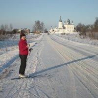 По дороге к храму. :: Михаил Попов