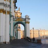Петербург 4 года назад.Здание Зимнего дворца. :: Таэлюр