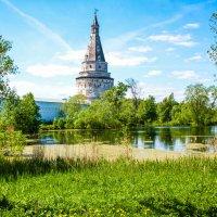 Краса природы окружает святые, милые места! :: Александр Куканов (Лотошинский)