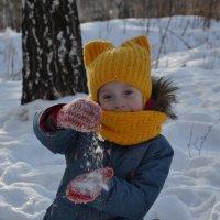 а вот и снег :: Аленка Алимова