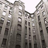 Питерский Двор. :: Марина Харченкова